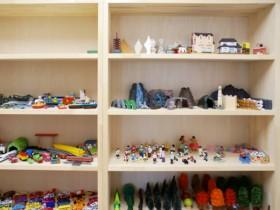箱庭療法で使用するおもちゃの写真